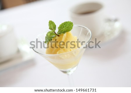Mango sherbet icecream
