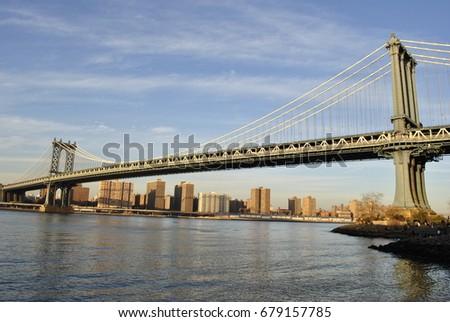 Manhattan Bridge #679157785
