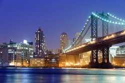 Manhattan bridge in New York at night
