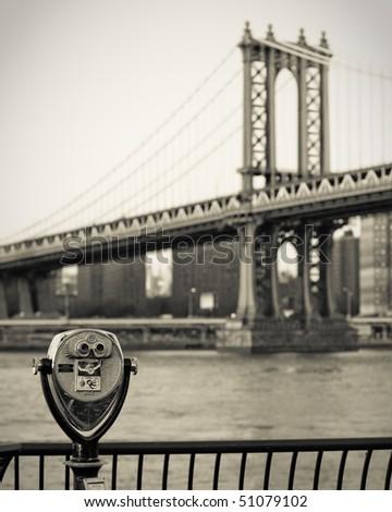 Manhattan Bridge with telescope