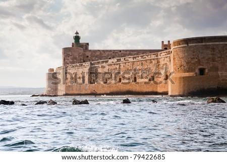 Assorted landmark , Flag of Italy Illustration, City ... |Sicily Landmark Silhouette