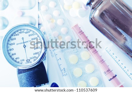 manometr and pills - stock photo