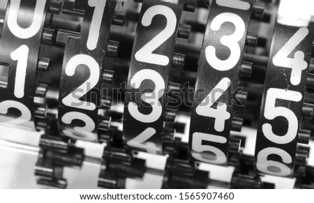 many big numbers of an alalogic counter