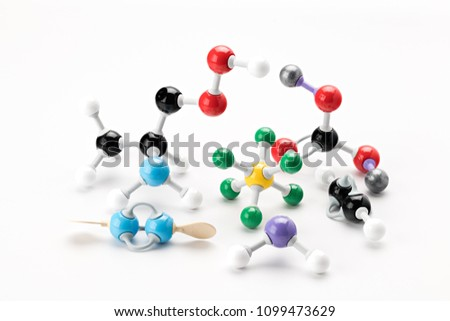 Many elemental models of different elements from chemistry