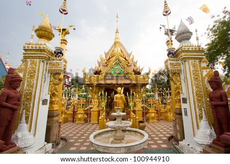 Many Gold Statues Buddha in Thailand