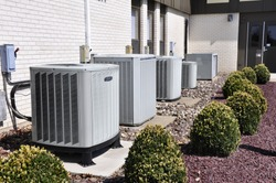 many large industrial size air conditioner units