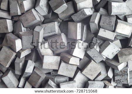 Many metal tungsten carbide square brazed plates, soldered-on blade, lathe tool