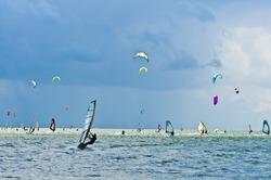 Many windsurfers and kitesurfers