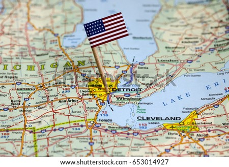 Free photos Pin pointing on Chicago on USA map in atlas | Avopix.com