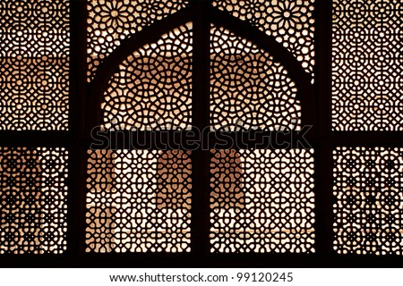 Marble tomb of shaikh Salim Chishti, completed in 1581. Marble lattice of the tomb. Fatehpur Sikri, India