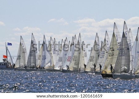 MARBLEHEAD, MA - SEPTEMBER 17: Start of J/24 North American Championship in Marblehead, MA on September 17, 2012.