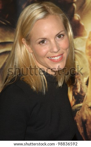 MARIA BELLO at the USA premiere of The Lord of the Rings: The Return of the King, in Los Angeles. December 3, 2003  Paul Smith / Featureflash