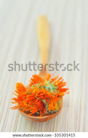 marigold herbal tea