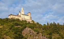 Marksburg the hilltop castle is completely preserved, was never destroyed Germany Travel Fairy Tale Castles, Unesco World Heritage Upper Res Middle Rhine Valley