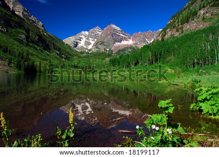 Maroon Bells Peaks at Maroon Lake near Aspen Colorado