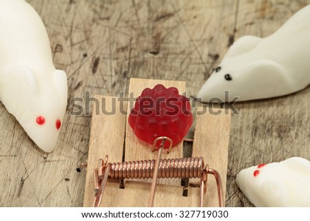 Marshmallow Mouses and the Trap #327719030