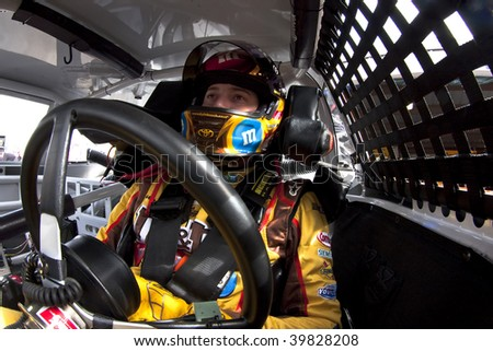 MARTINSVILLE, VA - OCTOBER 23 : Kyle Busch gets ready to practice for the running of the Tums Fast Relief 500 at Martinsville Speedway on October 23, 2009 in Martinsville, VA.