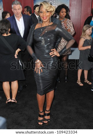 """Mary J. Blige at the world premiere of her new movie """"Rock of Ages"""" at Grauman's Chinese Theatre, Hollywood. June 9, 2012  Los Angeles, CA Picture: Paul Smith / Featureflash - stock photo"""