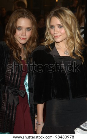 MARY-KATE (left) & ASHLEY OLSEN at the Los Angeles premiere of The Last Samurai. December 1, 2003  Paul Smith / Featureflash