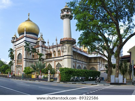 Sultan Mosque Singapore Picture on Masjid Sultan  Singapore Mosque  In Arab Street Stock Photo 89322586