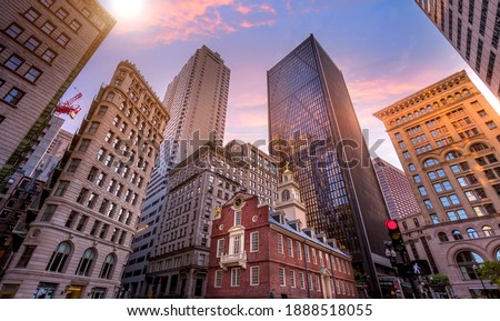 Massachusetts Old State House in Boston historic city center, located close to landmark Beacon Hill and Freedom Trail. Stock fotó ©
