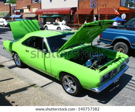 MATHEWS, VA- JUNE 01:A lime green Dodge in the Annual: Vintage TV\'s \