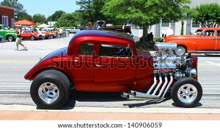 MATHEWS, VA- JUNE 01:An old Chevy Streetrod in the Annual: Vintage TV\'s \