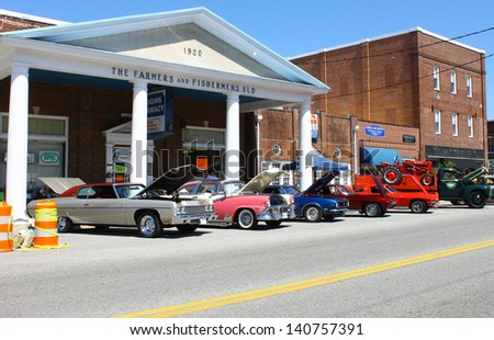 MATHEWS, VA- JUNE 01:Classic cars on Main St in the Annual: Vintage TV\'s \