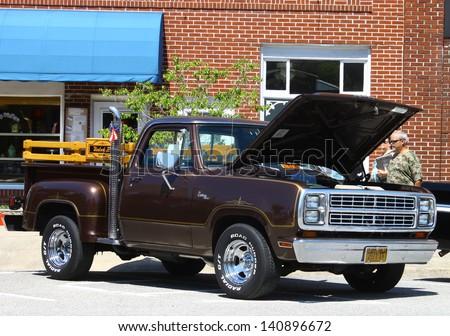 MATHEWS, VA- JUNE 01:Dodge D-150 P/U in the Annual: Vintage TV\'s \