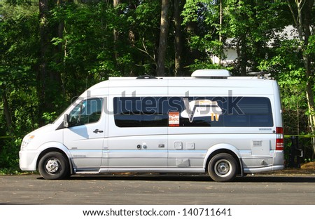 MATHEWS, VA- JUNE 01:Vintage TV van in the Annual: Vintage TV\'s \