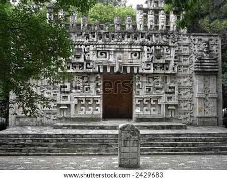 mayan architecture mexico