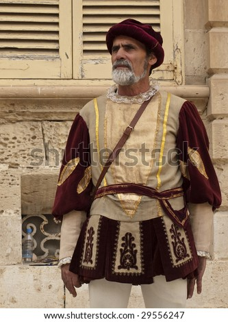Főtér - Page 4 Stock-photo-mdina-malta-apr-medieval-reenactment-of-noble-man-in-the-old-city-of-mdina-april-29556247