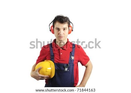 mechanic wearing his safety equipment