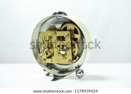 Mechanical watch gears mechanical movement