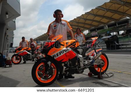 Mechanics at Nicky Hayden Repsol Honda at 2007 Polini Malaysian Motorcycle Grand Prix Sepang Circuit Malaysia