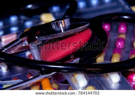 medicine, capsule medicine, stethoscope, health