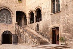 Medieval Courtyard, Barcelona, Spain