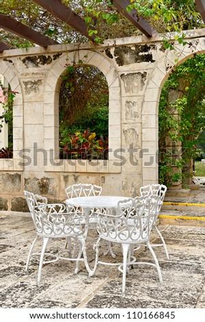 Mediterranean restaurant setting