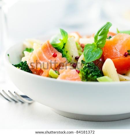 Mediterranean-style pasta salad with salmon