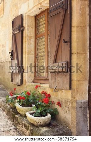 Mediterranean window boxes
