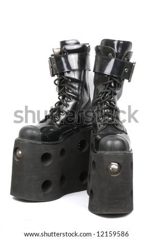 Mega platform boots, Isolated