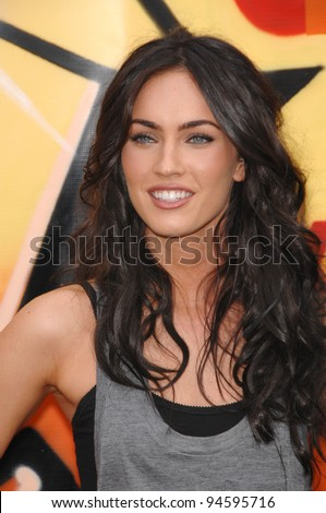 Megan Fox at the 2007 Teen Choice Awards at the Gibson Amphitheatre, Universal City, Hollywood. August 26, 2007  Los Angeles, CA Picture: Paul Smith / Featureflash