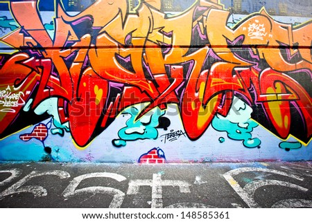 MELBOURNE - JUNE 29: Street art by unidentified artist. Melbourne's graffiti management plan recognises the importance of street art in a vibrant urban culture - June 29, 2013 in Melbourne, Australia.