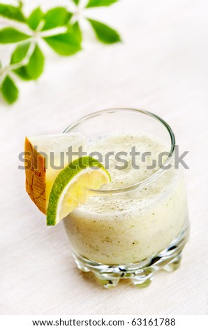 Melon and lime cocktail