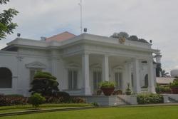 Merdeka Palace (Istana Merdeka or Paleis te Koningsplein), is one of six presidential palaces in Indonesia.