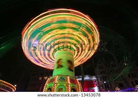 Merry-go-round at nightly Leistersquare in London
