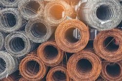 Mesh wire rolls of iron stainless steel, galvanized metal sheets construction material. Chicken wire mesh rolls farm fence. Net wire mesh roll engineer Construction galvanize malleable steel storage
