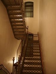 metal mesh staircase of classical architecture (Mitsubishi Ichigokan Museum, Tokyo)