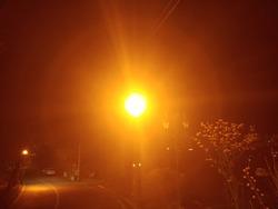 Metaphysical light interference-midnight street lamp - Red light wavelength