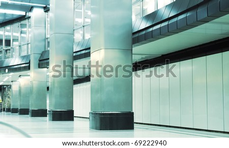 Metro station with square columns
